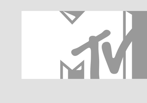 Muisc.vh1.com's recurring series Music Seen tagged alongside Liv Warifeld during her visit to VH1 headquarters January 2014.