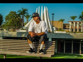DIGGY DRE OUTSIDE OF THE COMPTON COURTHOUSE