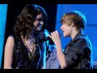 "Justin brings in 2010 with Selena Gomez on Dick Clark's ""New Year's Rockin' Eve"""