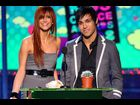 Ashlee Simpson and Pete Wentz onstage during Nickelodeon's Kids' Choice Awards on March 29, 2008